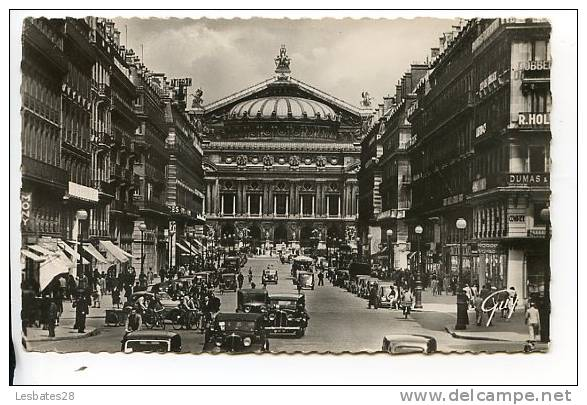 CPSM 75- Paris-L'Avenue De L'Opéra-Le Théâtre--DEC 178 - Arrondissement: 19