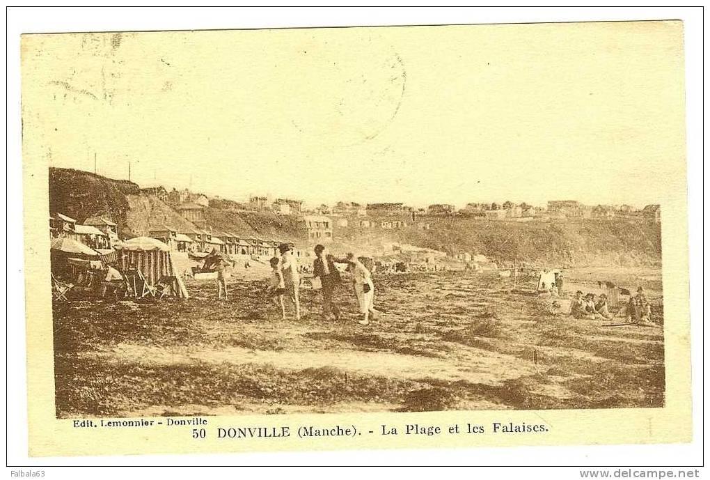 ++DONVILLE  50  La Plage Et Les Falaises    Manche  Voyagée En 1933 - France