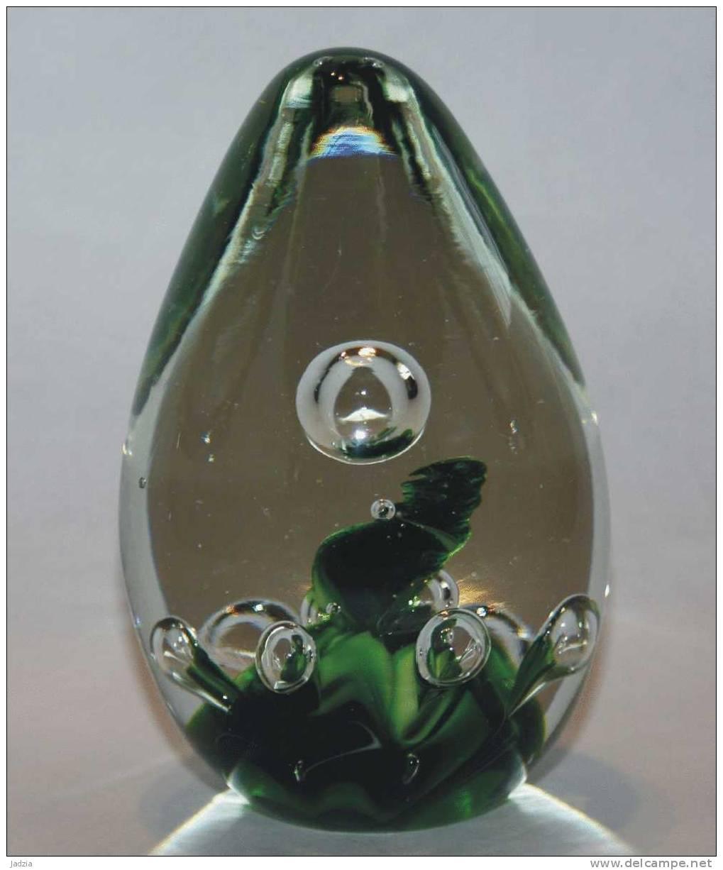 Presse Papier Sulfure Diamètre 8 Cm Hauteur 12 Cm Verte Et Bulle D´air - Vetro & Cristallo
