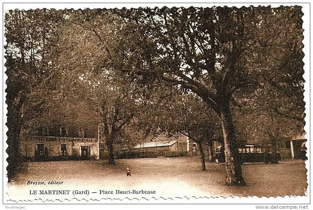 CPA. 30  Le Martinet  Place Henri Barbusse - Unclassified