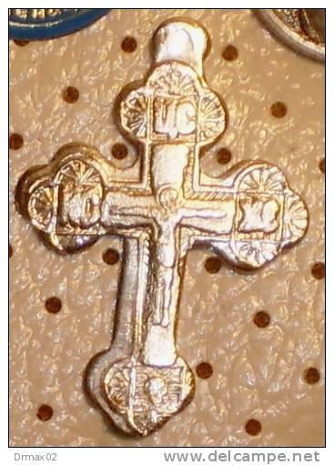 Religion, Christianity, Jesus Christ > Cross, Croix  Kruis Croce Kreuz, Religione, Il Cristianesimo, Gesù Cristo (b87) - Pin