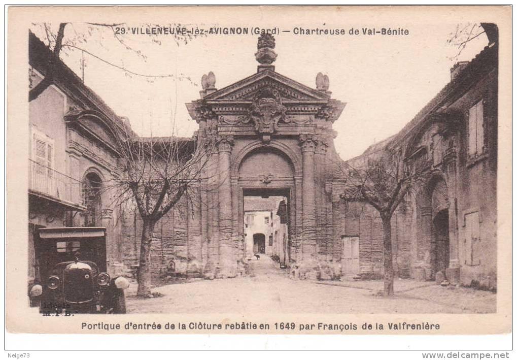Cpa Du 30 - Villeneuve Les Avignon - Chartreuse De Val-Bénite - Automobile - Villeneuve-lès-Avignon