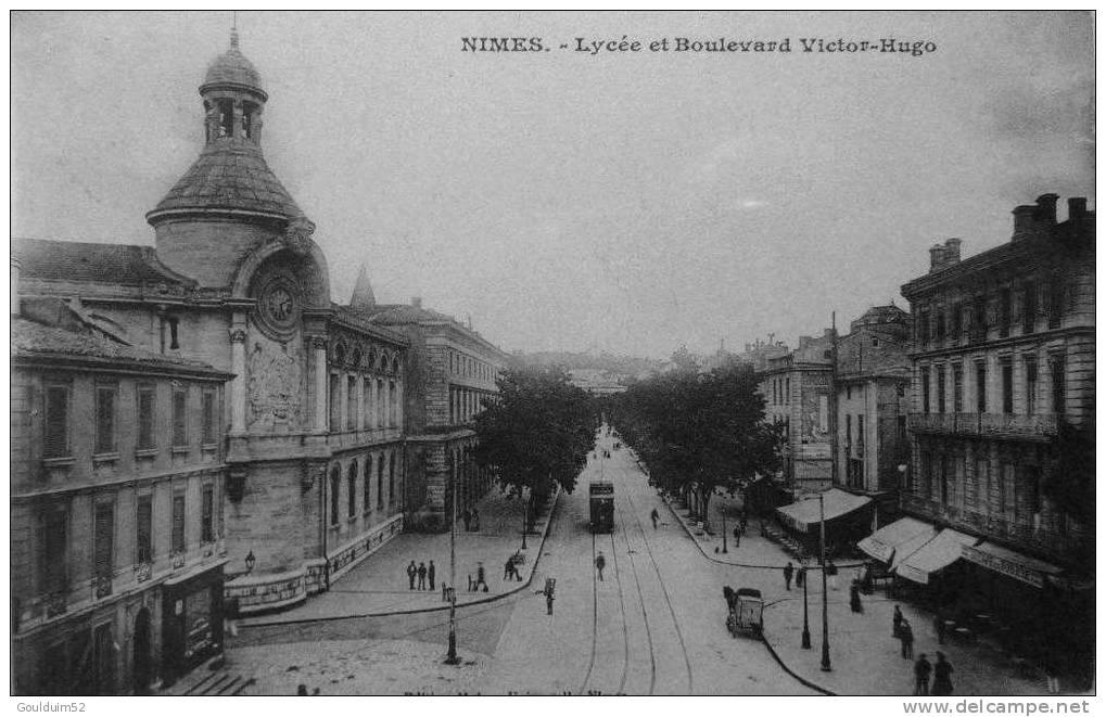 Lycée Et Boulevard Victor Hugo - Nîmes