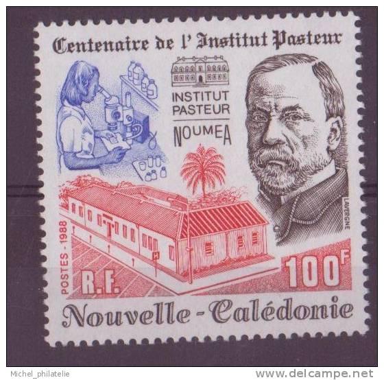NOUVELLE-CALEDONIE N° 563** NEUF SANS CHARNIERE  PASTEUR - Nueva Caledonia