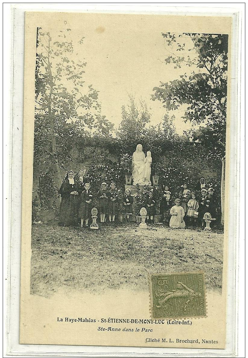 LA HAYE MAHEAS  STE ANNE DANS LE PARC  PERSONNAGES  ENFANTS RELIGIEUSES - Saint Etienne De Montluc