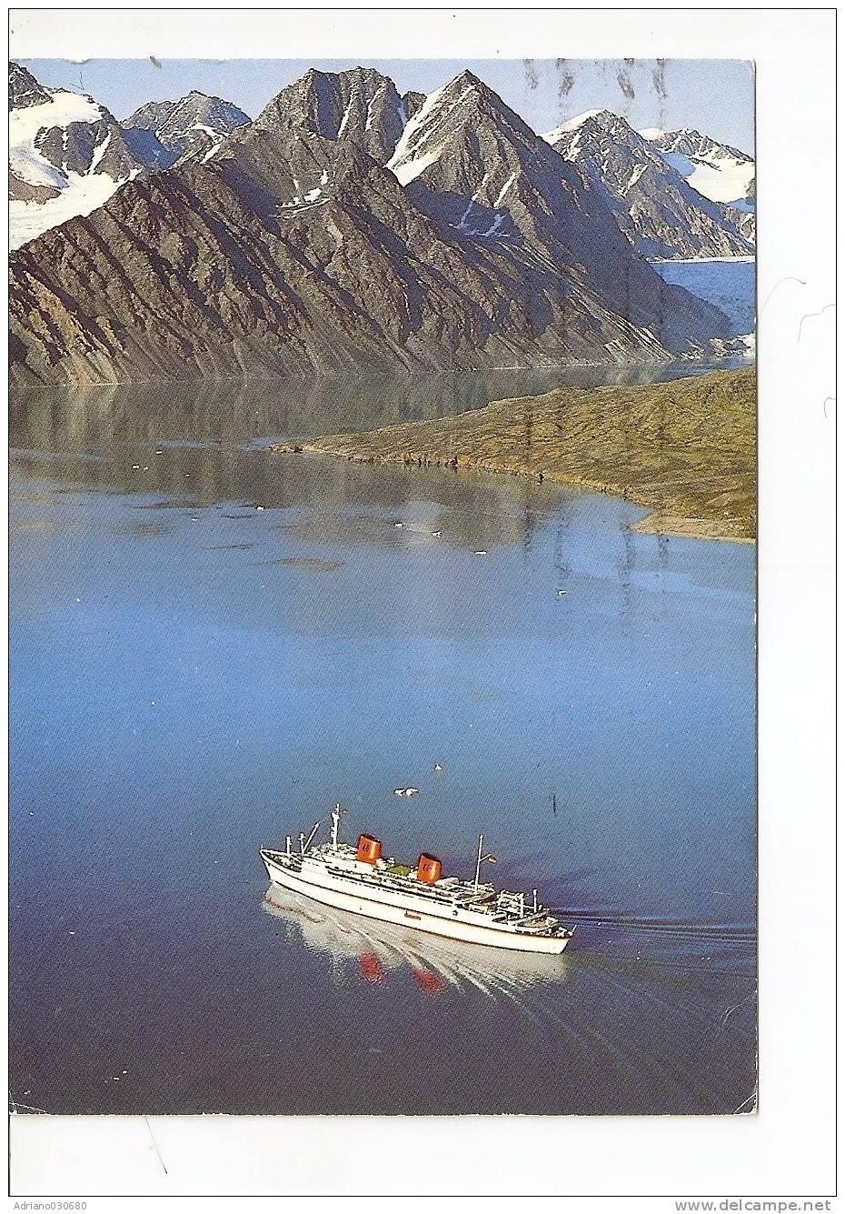 GROSSA NAVE DA CROCIERA SVALBARD TURISTBAT I KROSSFJORDEN NORWAY TOURIST VESSEL IN THE KROSS FIORD - Dampfer