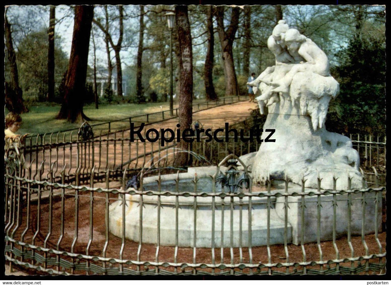 ÄLTERE POSTKARTE DÜSSELDORF MÄRCHENBRUNNEN Brunnen fairy tale fountain puits Kind child enfant Ansichtskarte AK cpa