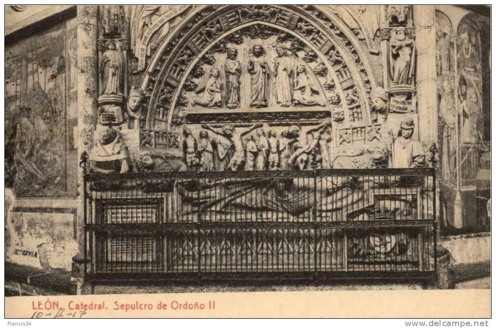 CPA - Leon - Catedral - Sepulcro De Ordoño II - León