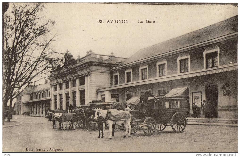 AVIGNON LA GARE  FIACRE BELLE ANIMATION - Avignon