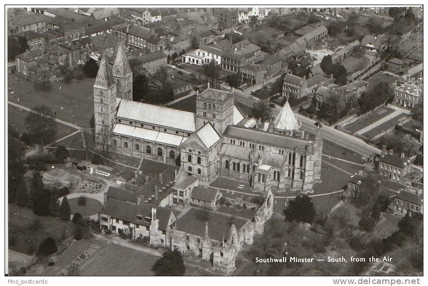 Nottinghamshire - Aerial View Of Southwell Minster - Real Photograph  E2 - Nottingham