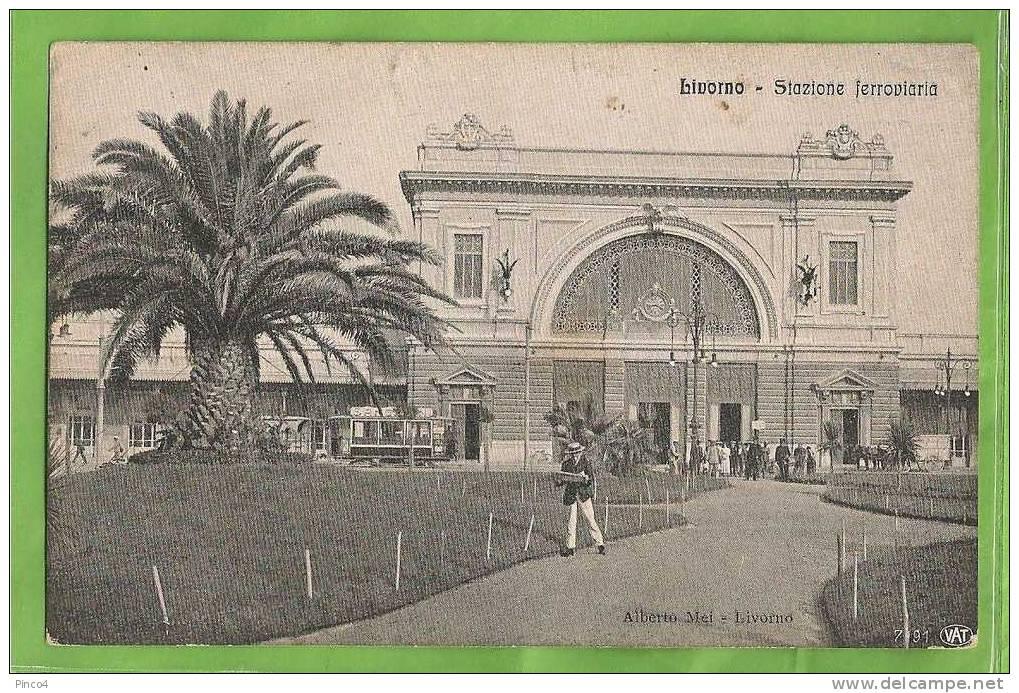 LIVORNO STAZIONE FERROVIARIA CARTOLINA FORMATO PICCOLO AFFRANCATA E VIAGGIATA NEL 1916 - Livorno