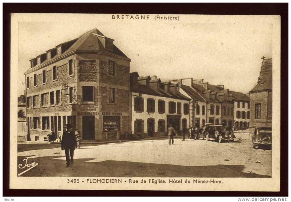 Cpa Du 29 Plomodiern Rue De L' Eglise  Hôtel Du Ménez - Hom   BR2 - Plomodiern