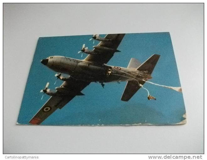 Scuola Militare Di Paracadutismo Aereo Quadrimotore In Volo Al Lancio Paracadutisti - Paracadutismo