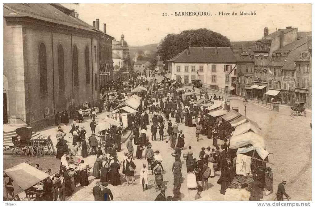 SARREBOURG Place Du Marché - Sarrebourg