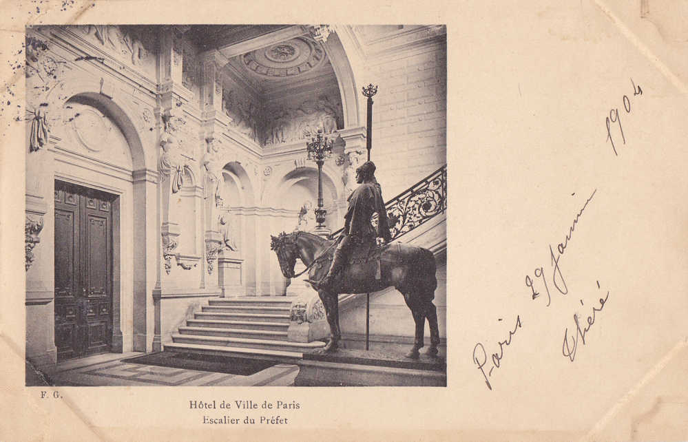 PARIS  HOTEL DE VILLE . ESCALIER DU PREFET . CARTE PRECURSEUR. VOYAGEE JANVIER 1904 - Non Classés