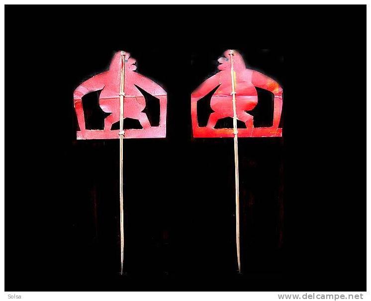 Marionnette De Singe : La Seconde Vie D'un Emballage Publicitaire - Art Populaire