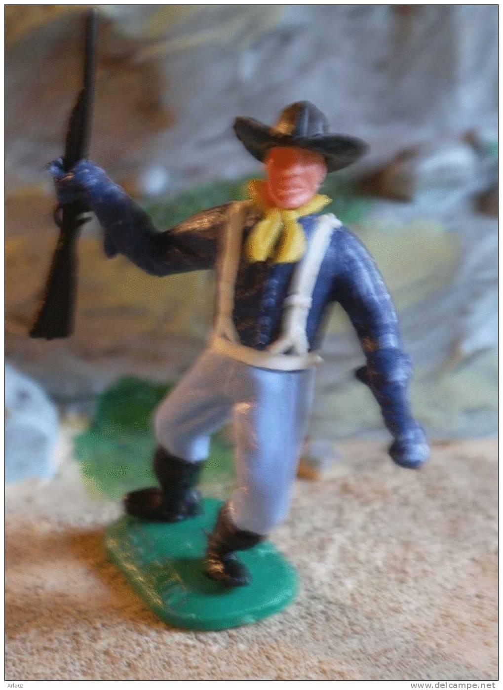 Soldat D´infanterie Nordiste Courant Avec Fusil 3 .Timpo - Leger