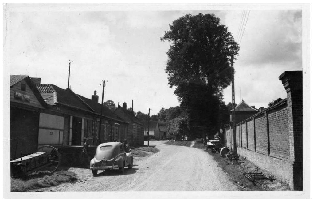 Brailly-Cornehotte (Somme) Peugeot Ancienne, Voyagée, Avec Timbre, Datée Du 10 Juillet 1957 - France
