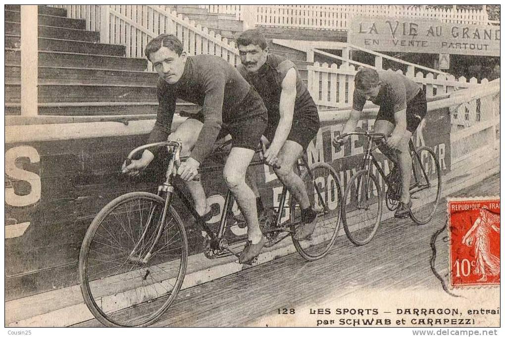 THEMES - SPORT - CYCLISME - Darragon Entrainé Par Schwab Et Carapezzi - Cyclisme