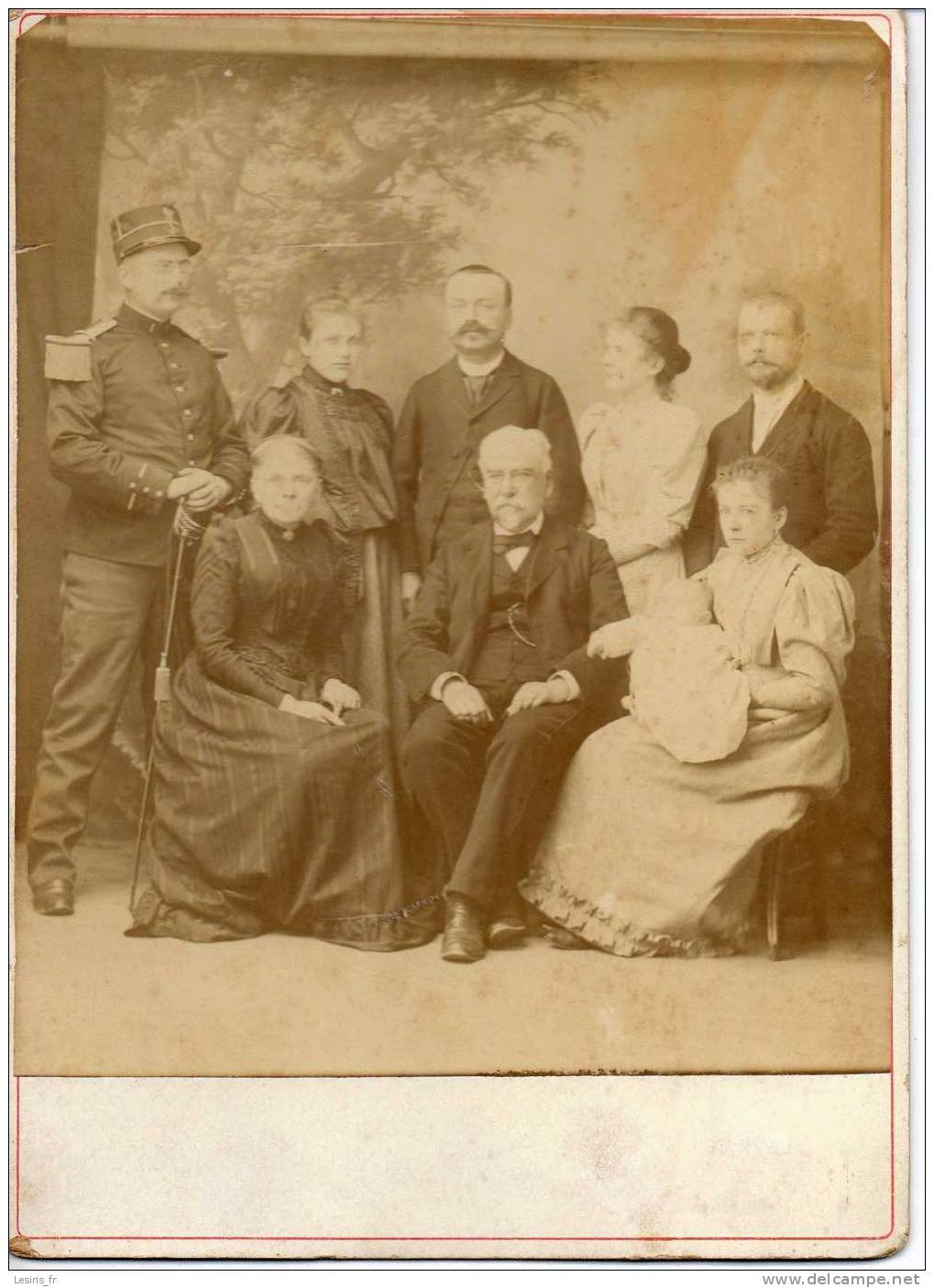 PHOTO SUR CARTON - 11 JUIN 1894 - FAMILLE RAYNAL - PLUSIEURS GENERATIONS - MILITAIRE - PHOTOGRAPHIE AUBRY - RAMBOUILLET - Ancianas (antes De 1900)