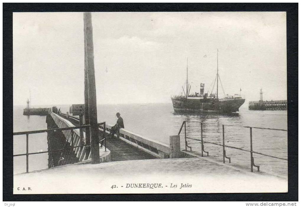 FR696) Dunkerque - Les Jetèes - Dunkerque