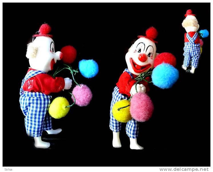 Petit Clown Des Années 60 Qui Tape Dans Ses Mains  Poupée / Vintage Clown Doll From The 60's - Other Collections