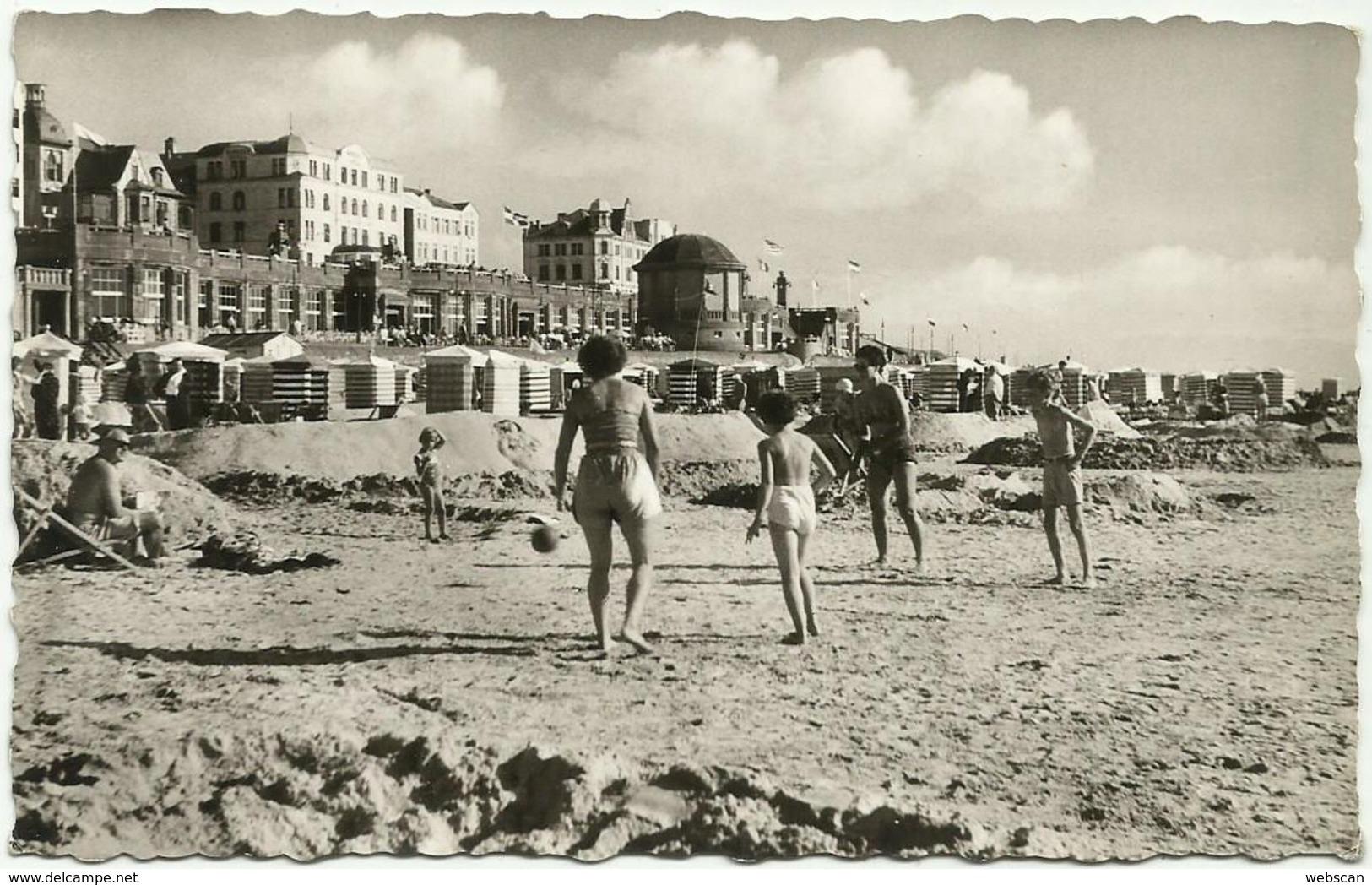 AK Borkum Hotels Strand & Bademode ~1955 #32 - Borkum