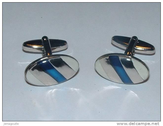 BOUTONS DE MANCHETTES - N°6 - Ovale Bleu Et Blanc - (dans Sa Boite D´origine) * - Cuff Links & Studs