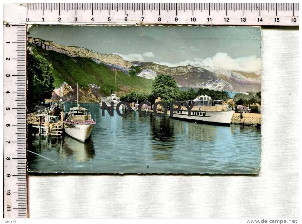 ANNECY - Le Port  De La Vedette Au Grand Paquebot..... - Annecy