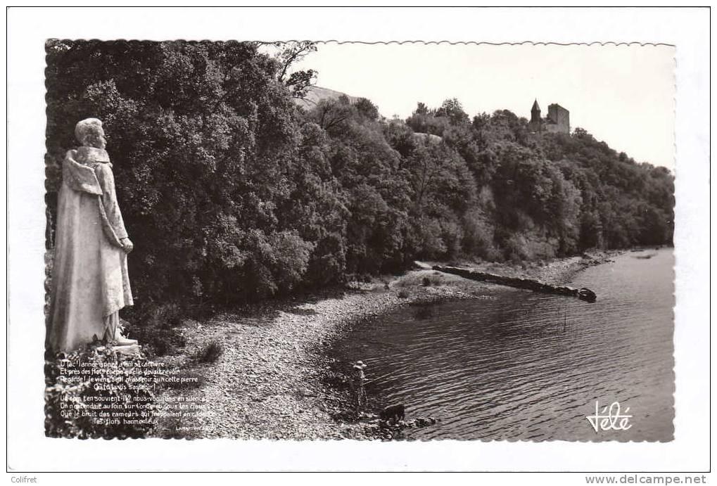 73 - Aix-les-Bains       Le Lac Du Bourget Et Chateau De Chatillon - Statue De Lamartine - Aix Les Bains
