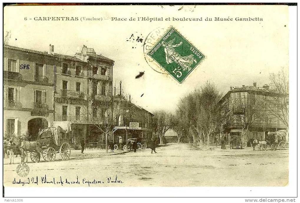 CPA  CARPENTRAS, Place De L´Hôpital  0344 - Carpentras