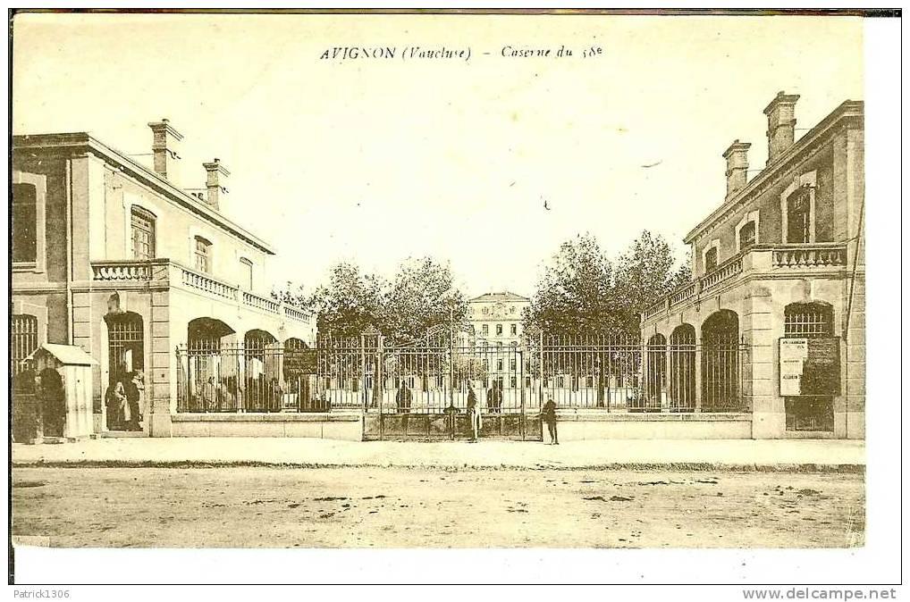 CPA  AVIGNON, Caserne Du 58e  1947 - Avignon
