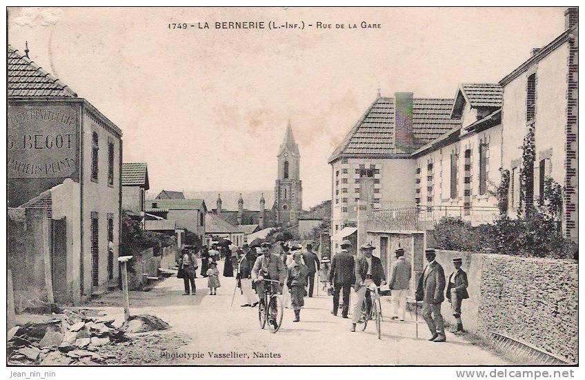 LA BERNERIE  - Rue De La Gare - La Bernerie-en-Retz