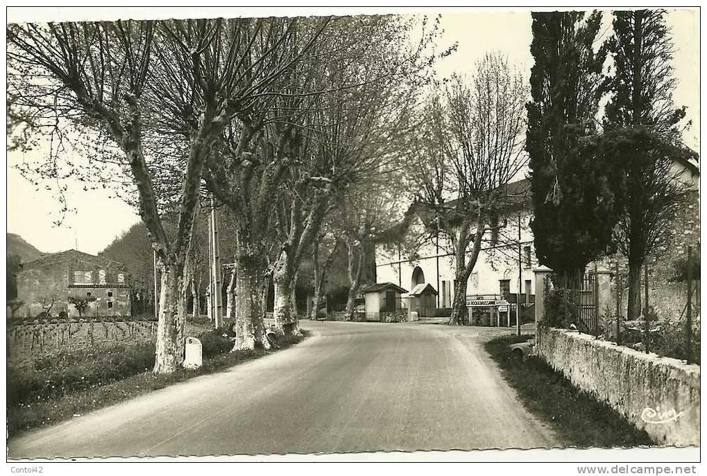 83 LA ROQUEBRUSSANNE   VAR - La Roquebrussanne