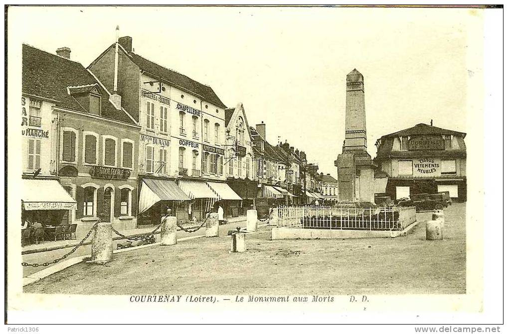 CPA  COURTENAY, Monument Aux Morts  2501 - Courtenay