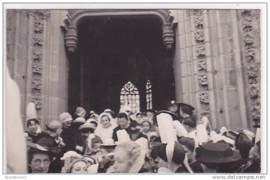 17357 Carte Photo Le Grand Place Terre Duc Quimper, Sortie De Messe Cathédrale ? - Quimper
