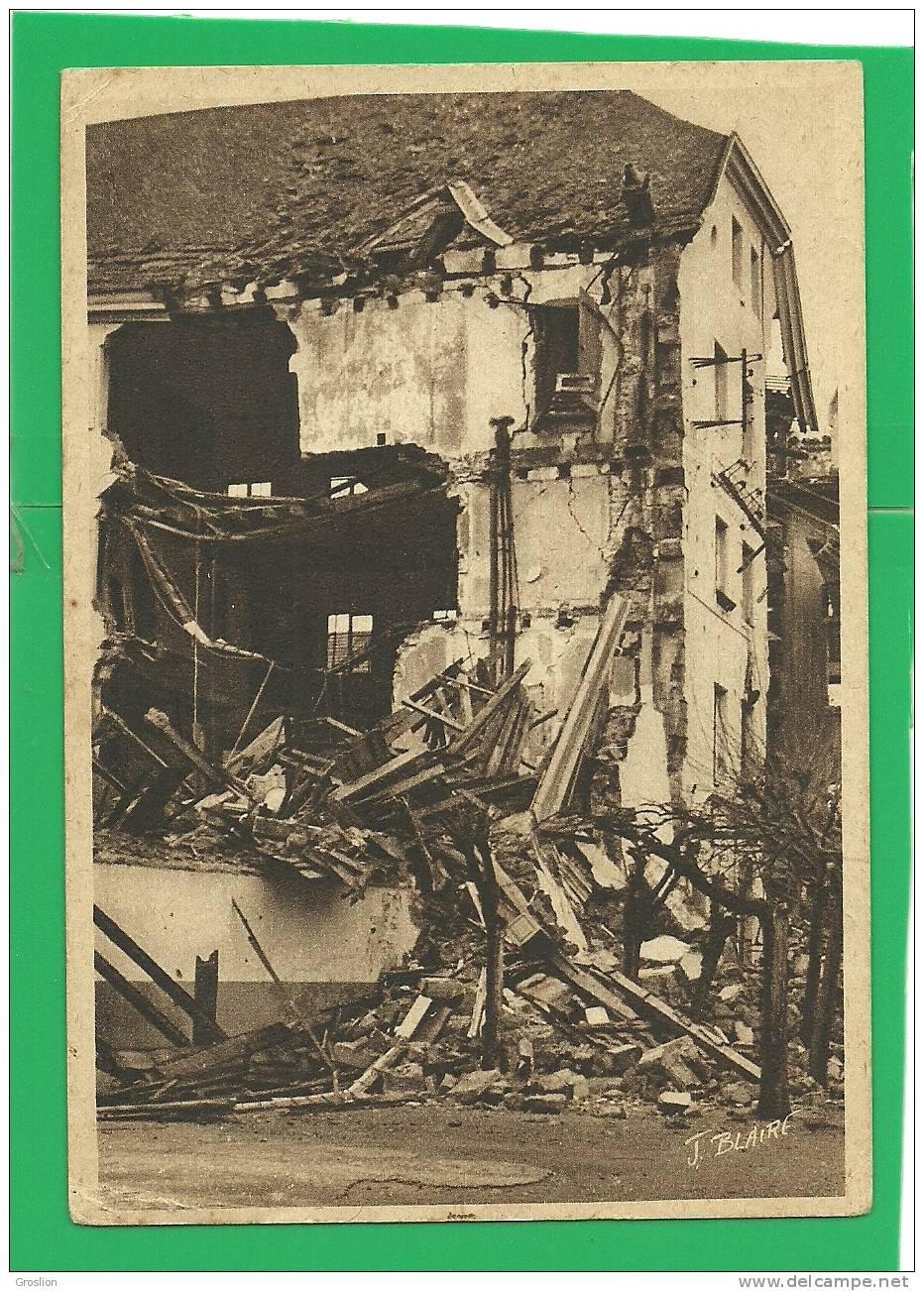 SAINT DIE N° 4 IMMEUBLE DES P T T  INCENDIE VOLONTAIRE DE LA VILLE PAR LES ALLEMANDS NOVEMBRE 1944 - Saint Die