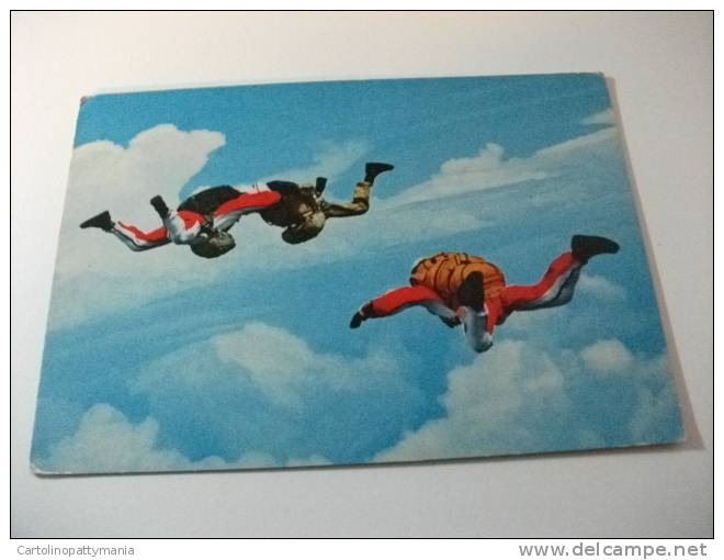 Paracadutisti  In Volo - Paracadutismo