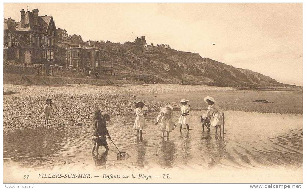 Carte Postale Ancienne - Villers Sur Mer - Enfants Sur La Plage - Villers Sur Mer