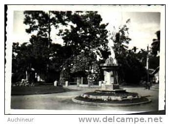 Photo 8,7 X 6,2 Saigon 1949 - Le St Michel Devant L'église De GIA-DINH - Vietnam