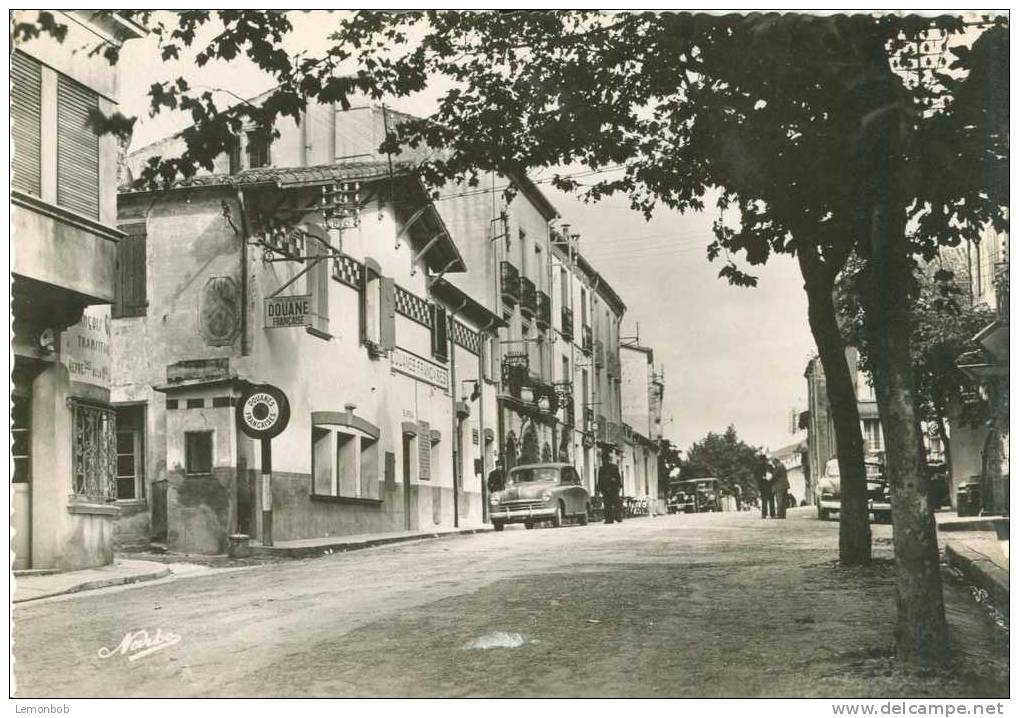 France - Le Perthus - Frontiere Franco-Espagnole - Old Unused Real Photo Postcard [P2666] - Ceret
