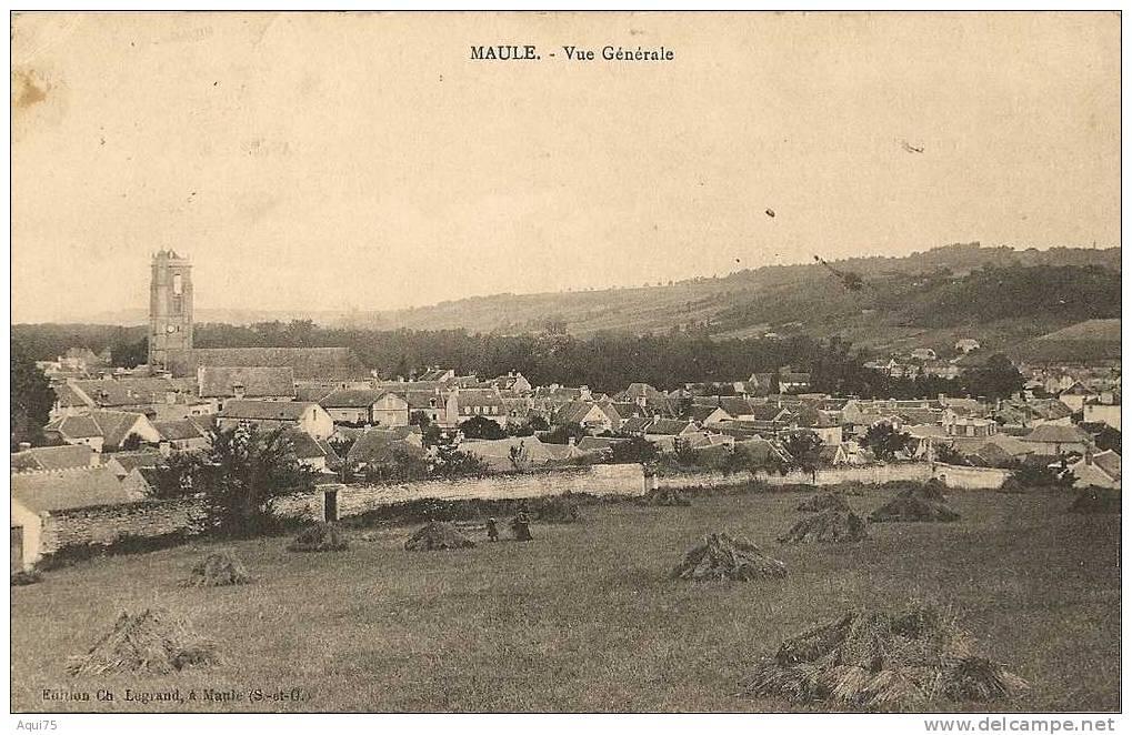 MAULE   Vue Générale (taches)  Fenaison 2 Personnages - Montigny Le Bretonneux