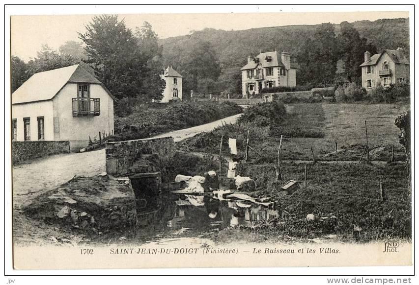 29 - SAINT JEAN DU DOIGT. Le Ruisseau Et Les Villas. - Saint-Jean-du-Doigt