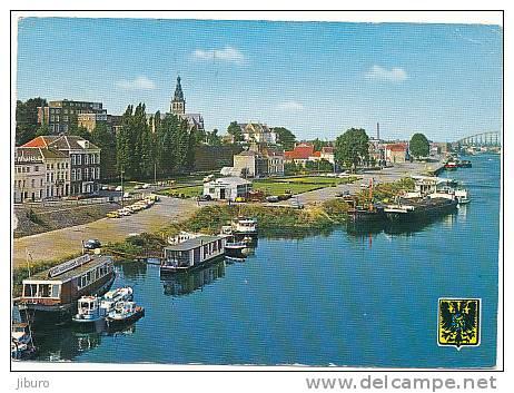 Nijmegen / Péniches à Quai / Péniche Barge  //  Ref CP 2/210 - Houseboats