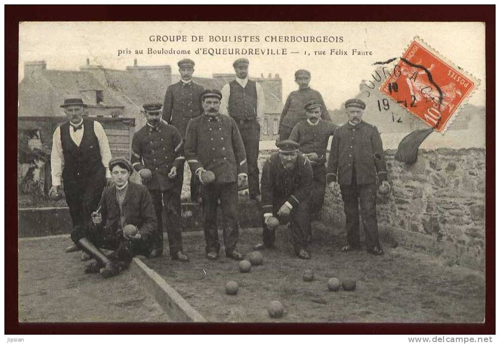 Cpa  Du 50 Equeurdreville Boulodrome Rue Felix Faure Groupe De Boulistes Cherbourgeois  ABE28 - Equeurdreville