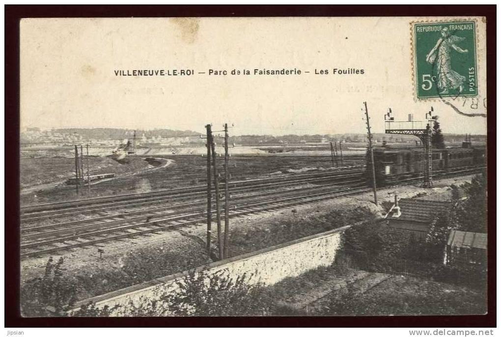 Cpa Du 94  Villeneuve Le Roi Parc De La Faisanderie Les Fouilles   LI7 - Villeneuve Le Roi