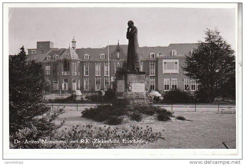 ENSCHEDE / Dr ARIENS MONUMENT MET R.K. ZIEKENHUIS - Enschede