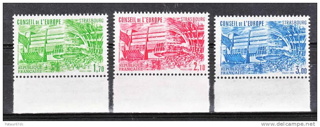 FRANCE / 1984 / Y&T SERVICE N° 82/84 ** : CONSEIL (1F70, 2F10 & 3F) - Gomme D´origine Intacte - Neufs