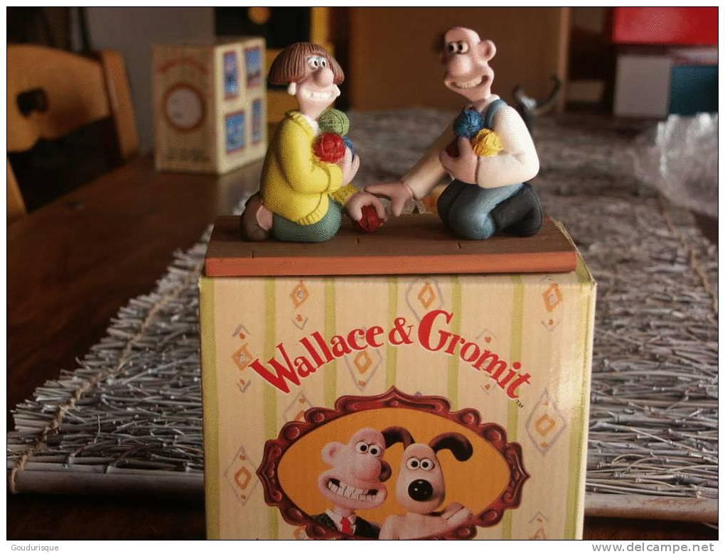 FIGURINE WALLACE ET GROMIT  WALLACE RENCONTRE WENDOLINE - Figurines