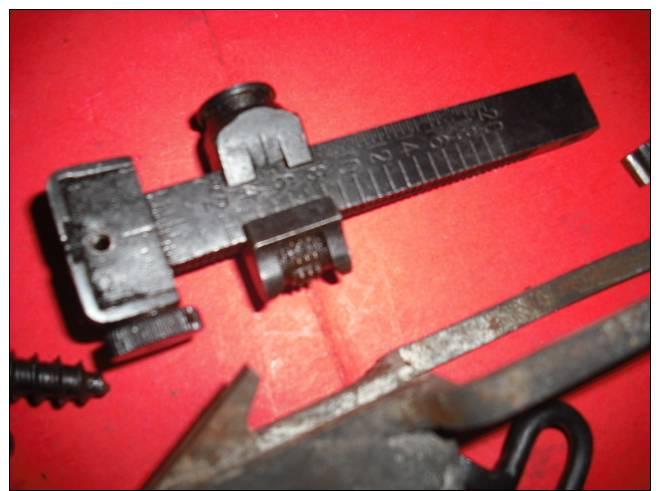 Lot De Pieces Pour Lee Enfield - Armes Neutralisées